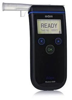 Анализатор паров этанола в выдыхаемом воздухе (алкотестер) Alcotest 6820 с подключением к ПК Draeger | Лабораторное оборудование | Анализаторы | Анализаторы алкоголя (алкотестеры)